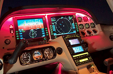 Switching To Glass - Plane & Pilot Magazine