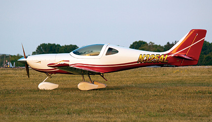 Arion Lightning LS-1: Smokin' Lightning - Plane & Pilot Magazine