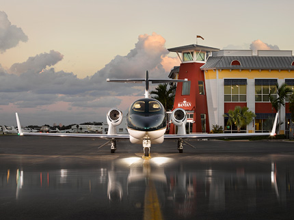 The HondaJet Makes Its First Visit To Banyan At FXE - Plane