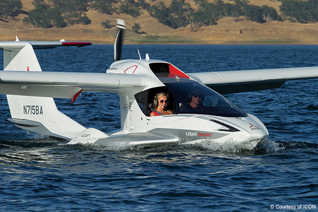 Icon A5 Flying The ICON A5: Ar...