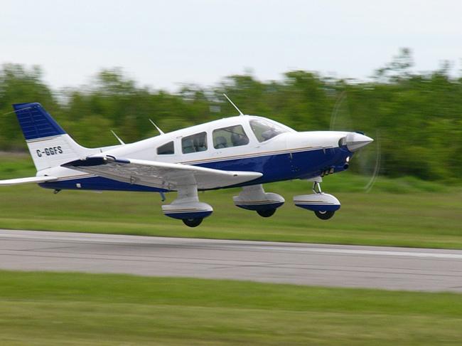 5. Piper Dakota PA-28-236