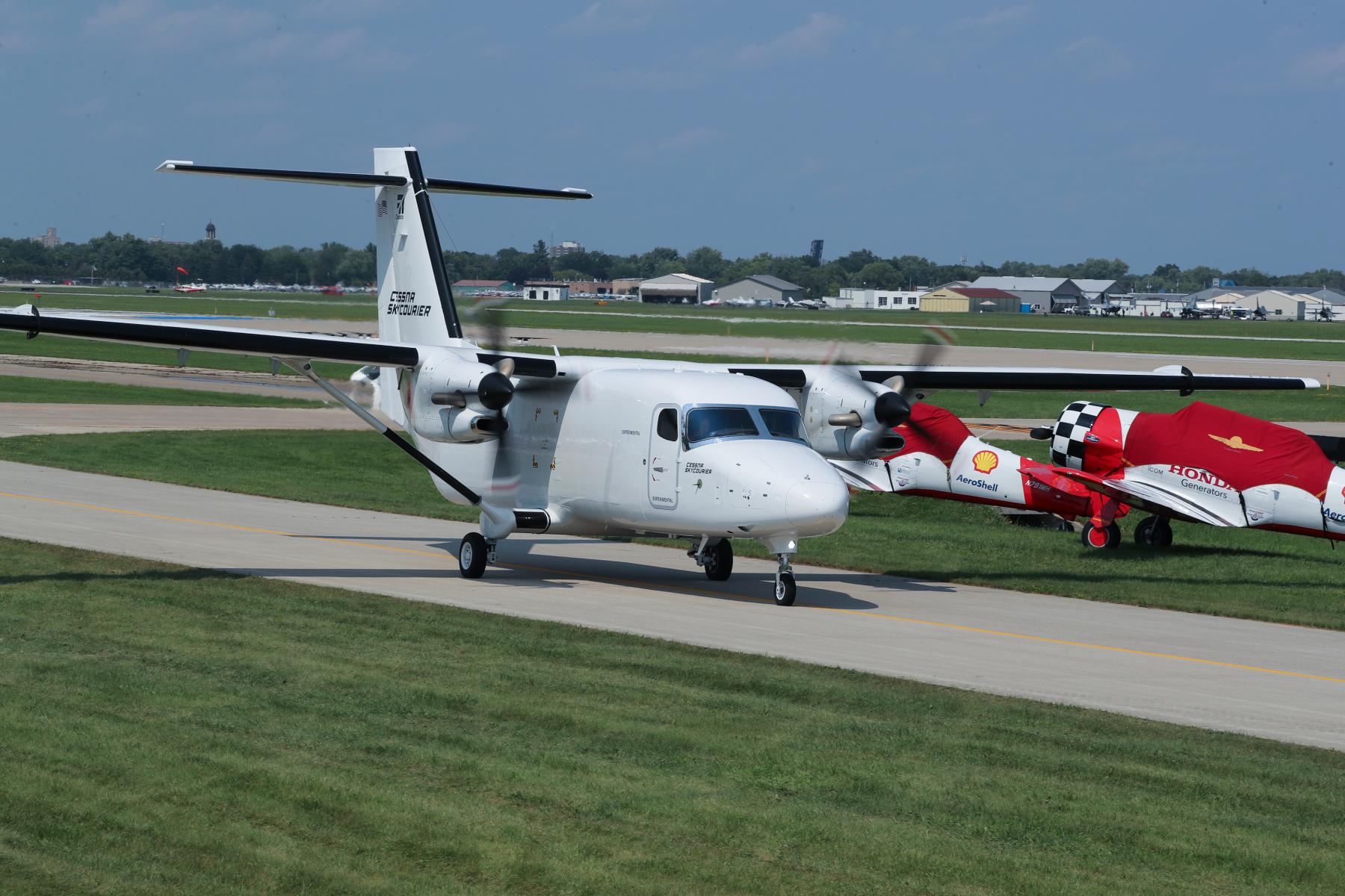 Cessna SkyCourier by Art Eichmann