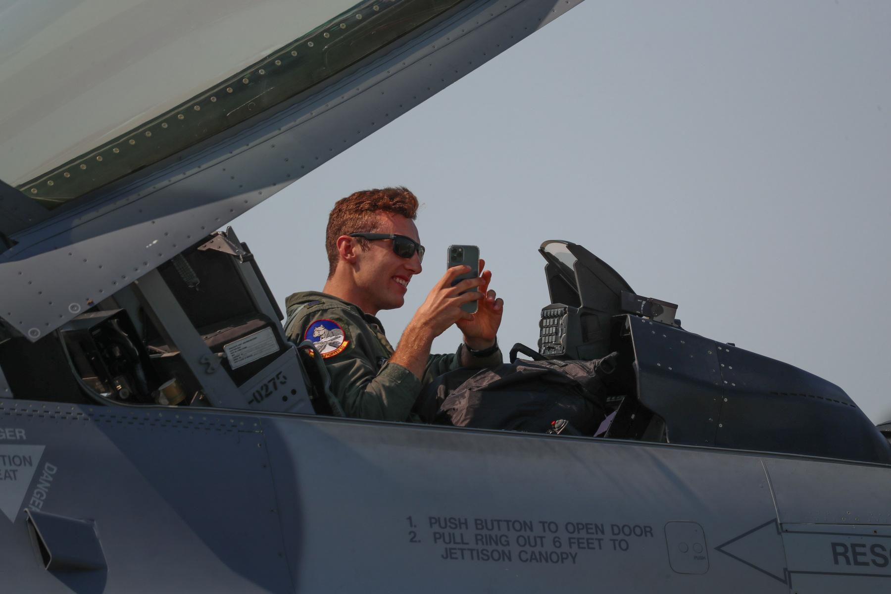 Fighter Jock Takes Photos